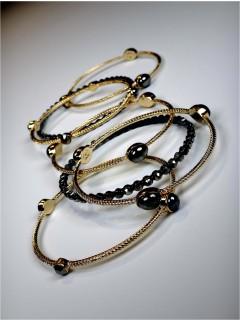 set of 7 stone bangles