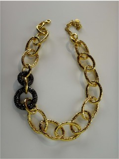 chain link necklace w/ pave side circles